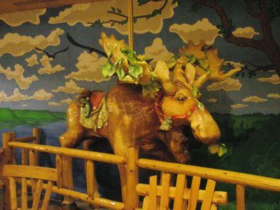 Moose carousel